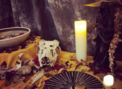 Amici Mortem: Transforming Our Cultural Experiences with Death