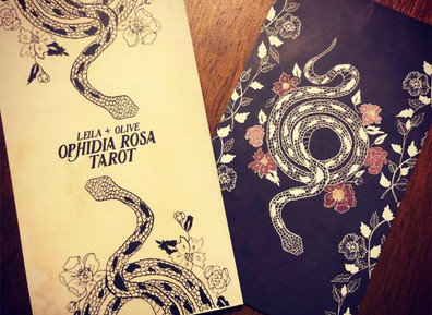 Review: Ophidia Rosa Tarot