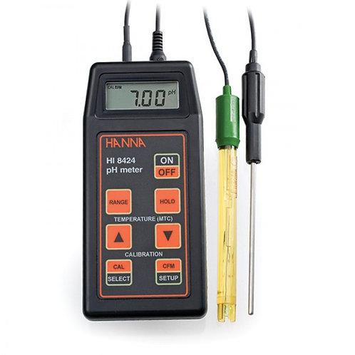 HI-8424 Handheld Water Resistant pH Meter with pH electrode and °C probe