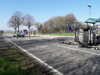 Verkehrsunfall, eingeklemmte Person, L439 Richtung Hattendorf