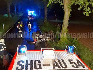 Verkehrsunfall mit eingeklemmter Person, L443, Rehren - Schoholtensen