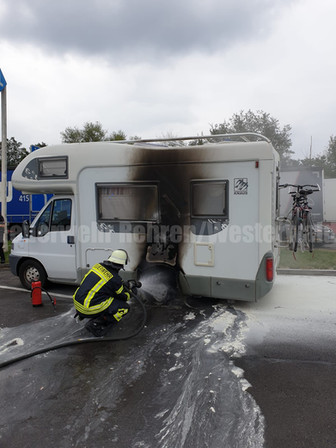 Feuer Wohnmobil, A2 -> Hannover, Rastanlage Auetal Süd