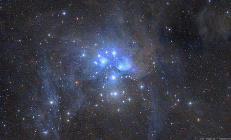 Vast And Dusty Pleiades M45, DSS - POSS-II Combo