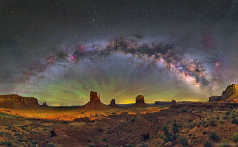 Milky Way over Mittens and Merrick Butte, Monument Valley APOD 7/26/2017