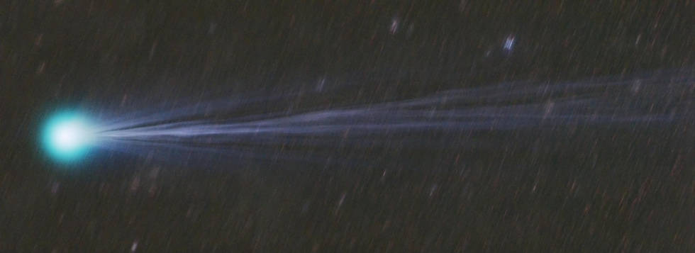 Comet Lovejoy 2014 Q2 taken on 1/24/2015 21:50-23:23 PST from Afton Canyon, CA.