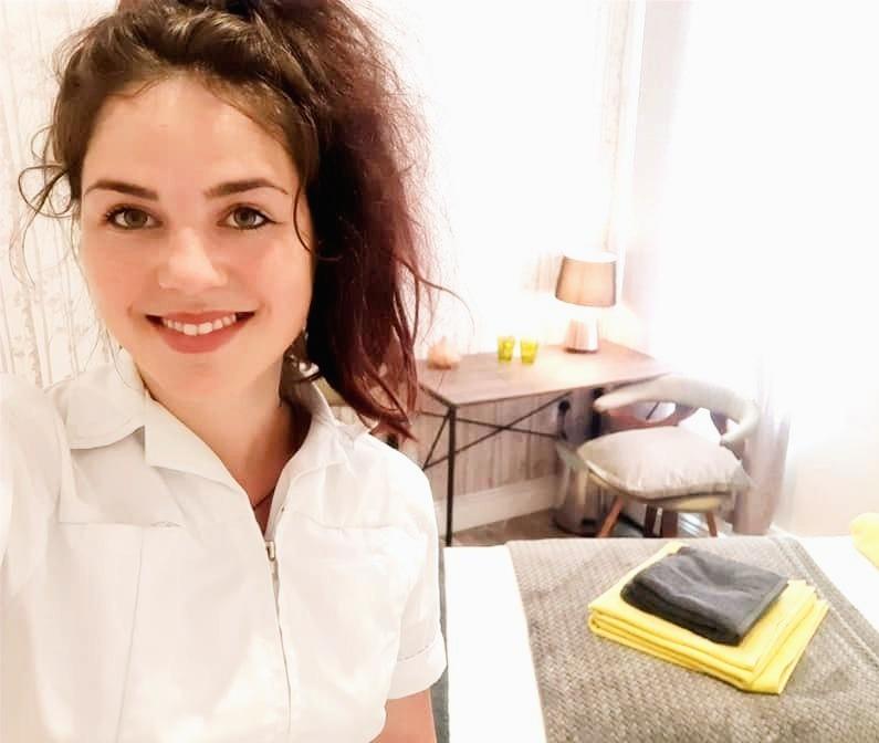 Nicole%252520Health%252520360_edited_edited_edited.jpg