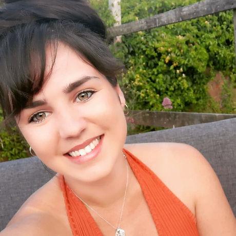 Swansea Osteopath Nicole Stroh