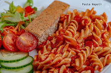 Pasta with Tomato Sauce and Garlic Bread