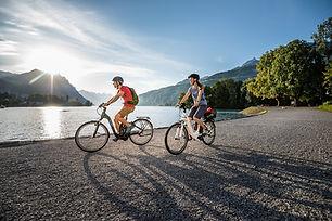 FLYER_e-bikes_tour_D576032-2.jpg