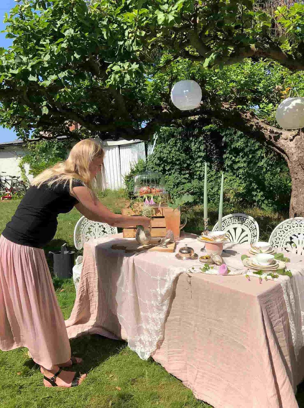 Marie dukning i utomhusmiljö