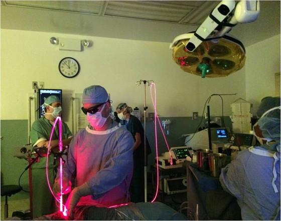Simphotek advances treatment of cancer using light-drug interacitons