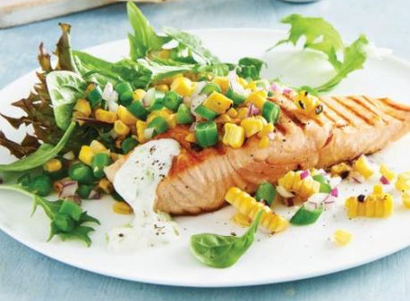 Grilled salmon with corn & green bean salad