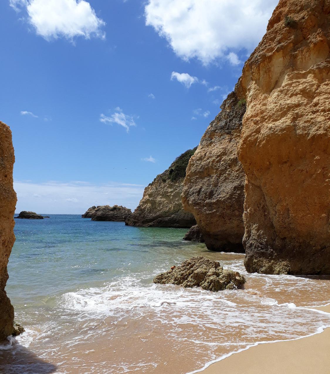 Praia do Barranco das Carnas