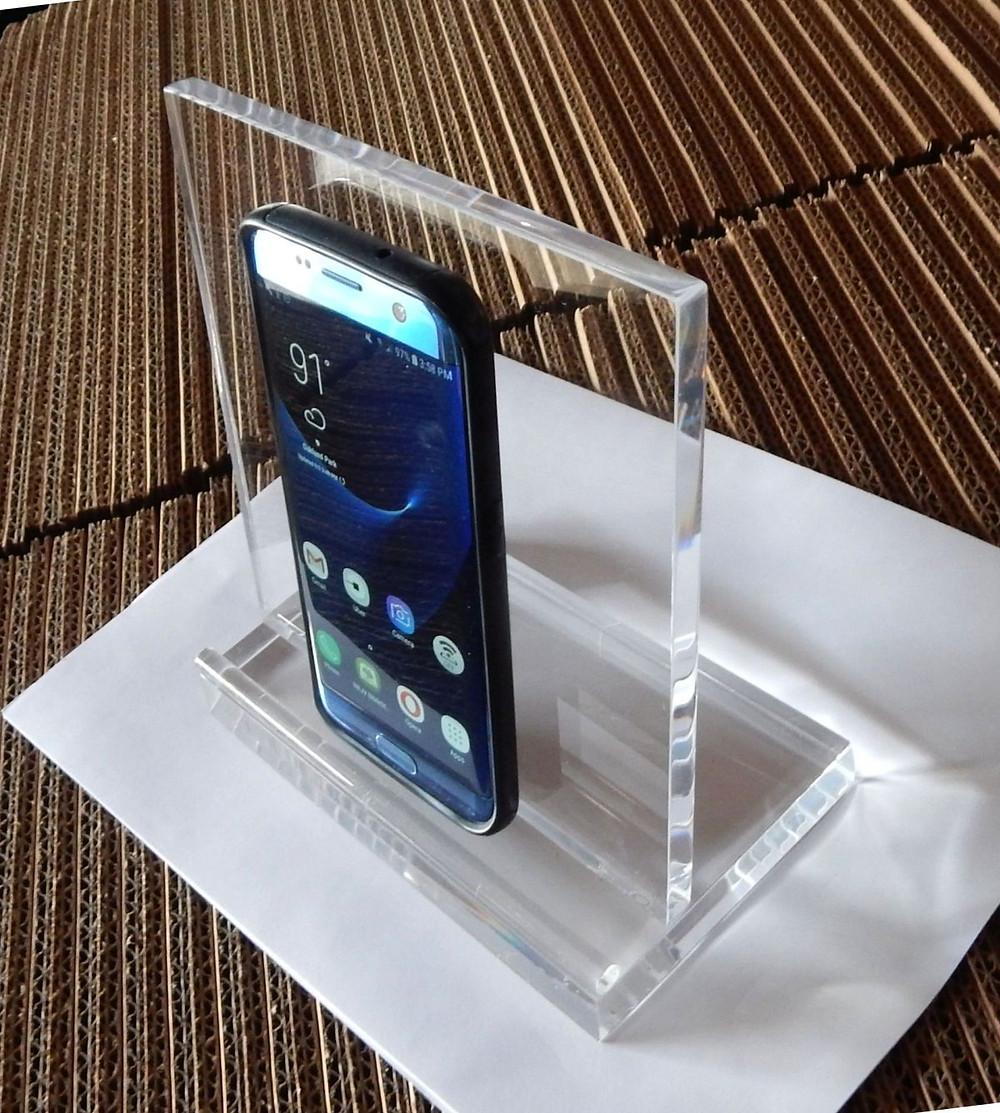 clear acrylic tablet easel