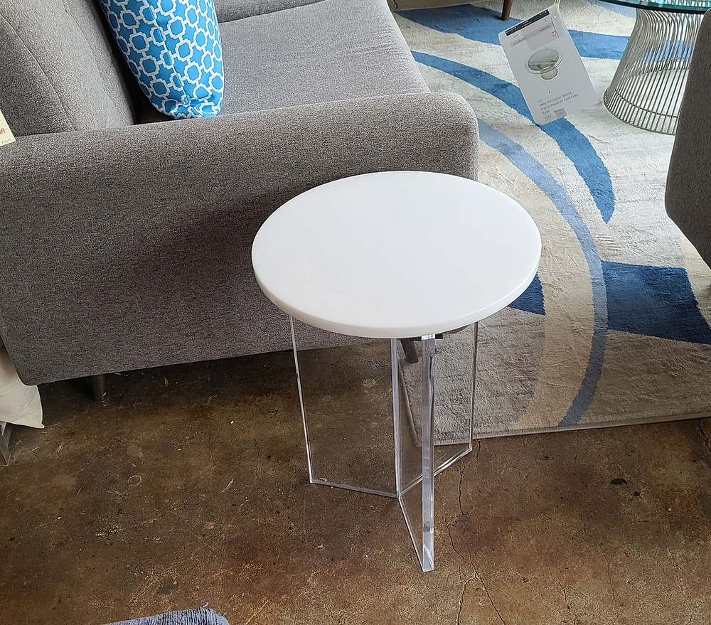 white and clear hybrid acrylic table