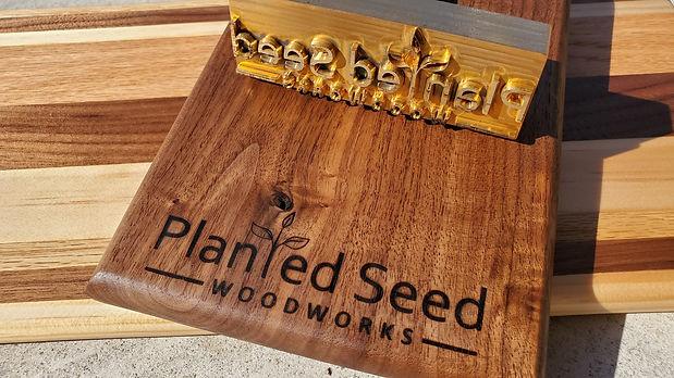 Hardwood Cheesebard & Clipboard