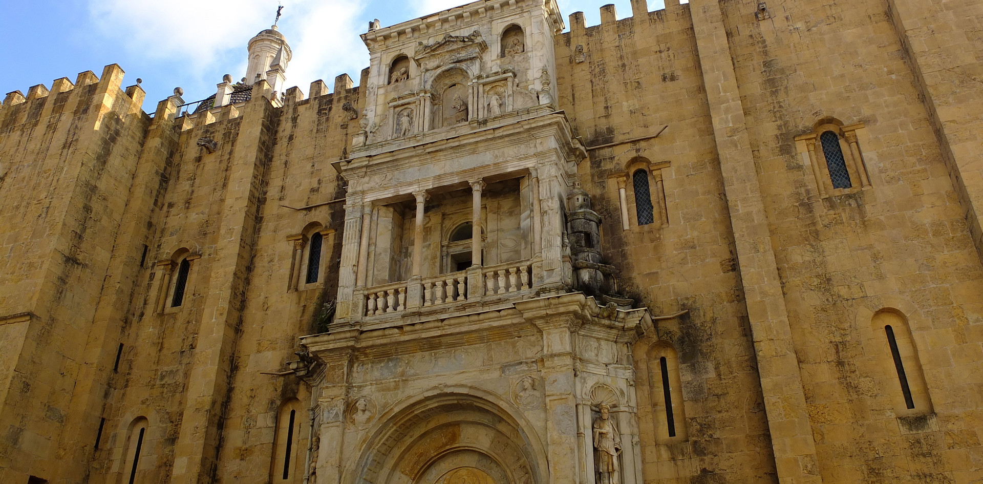coimbra cathedral shutterstock_618109439