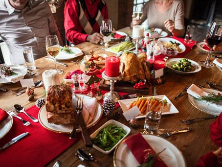 8 Tips from experienced Christmas-er on how to healthily navigate the Christmas Season