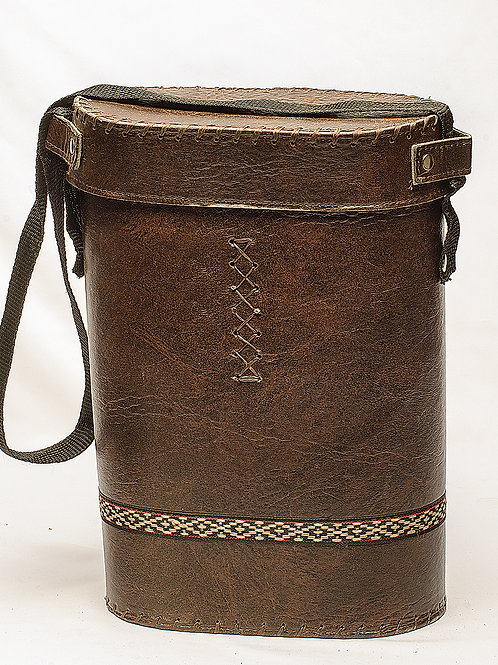 Brown rigid thermos flask carry bag with lid. TER 05.