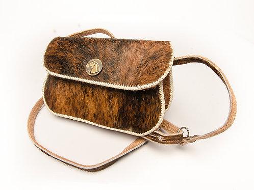 Cowhide' woven leather handbag. MORR 06B