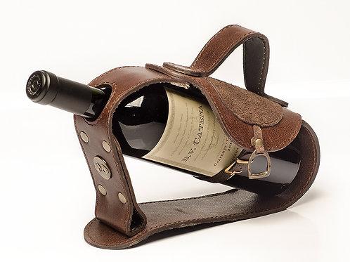 Leather Saddle' wine holder. VIN 05.