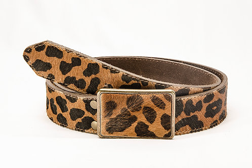 """Lady's belt in animal print. with """"Chapon """" buckle. CIN 05."""