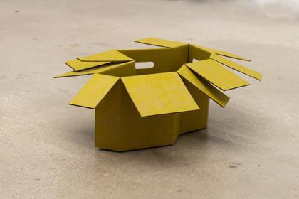 S/t (parte de la serie La circulación) Cartón corrugado y resaltador amarillo 2015