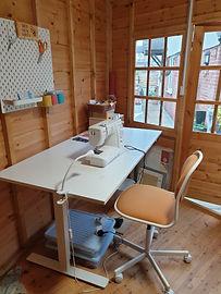 bee sew arty sewing room.jpg