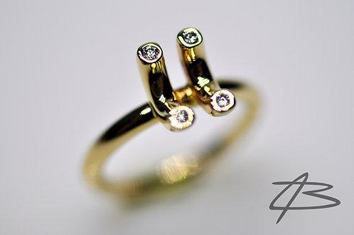 Unik 14Kt ring isat 4 x 0,02ct Tw.vs Brillanter