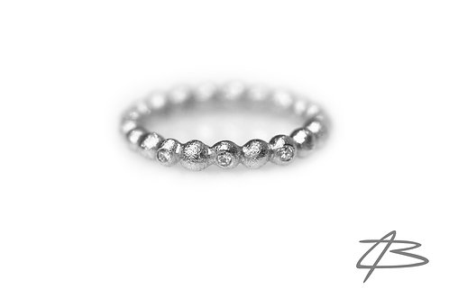 Bubbles & Diamonds i 14kt hvidguld m. 3 x brill.