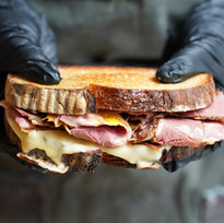 S%26B_sandwiches_pastramiswiss_3_edited.