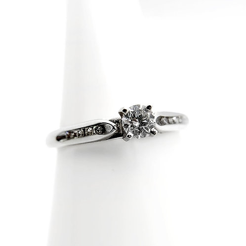 14k .31cttw Diamond Engagement Ring