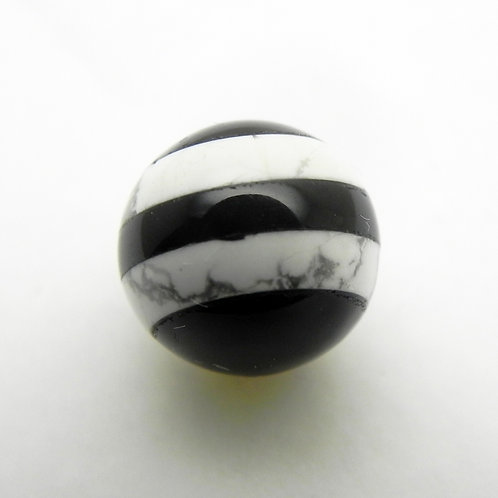 10mm Onyx and White Howlite Layers