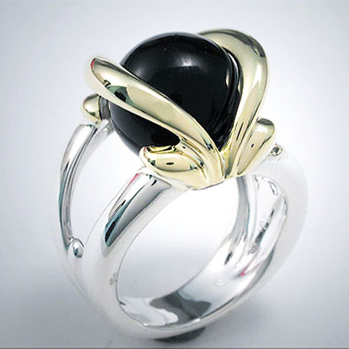 Classic Light Bow Ring