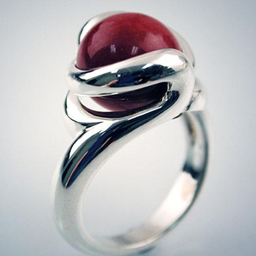Petite Sensuous Ring