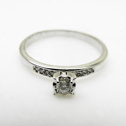 10k .14cttw Diamond Engagement Ring