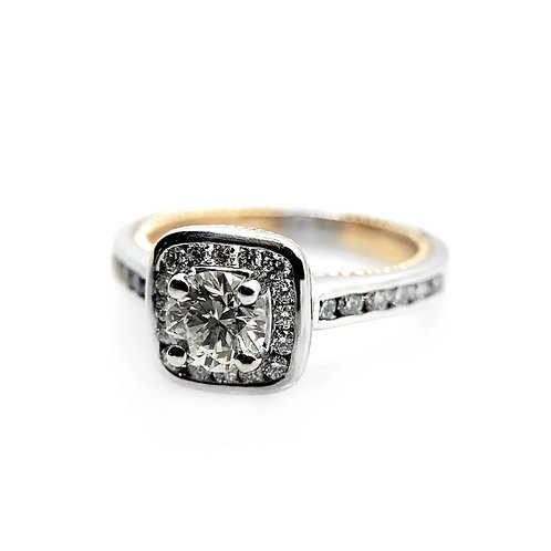 14k .90cttw Diamond Engagement Ring