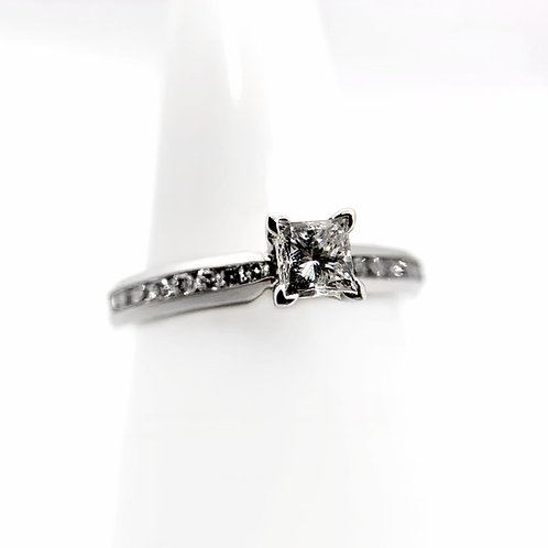 14k .65cttw Diamond Engagement Ring