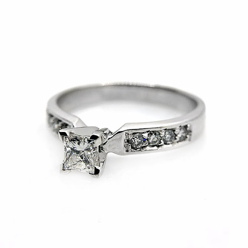 14k .54cttw Diamond Engagement Ring