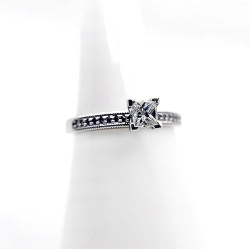 14k .34cttw Diamond Engagement Ring