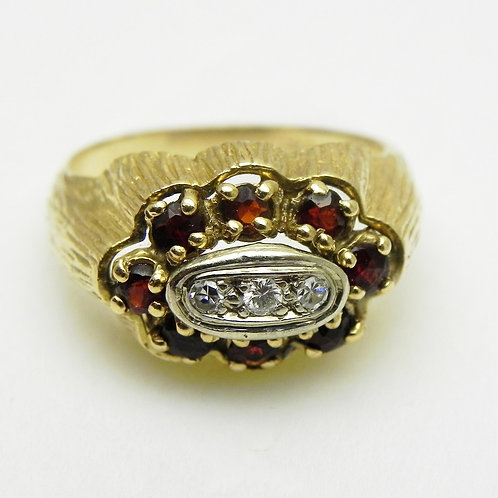 14k Garnet and Diamond Ring [ESTATE]