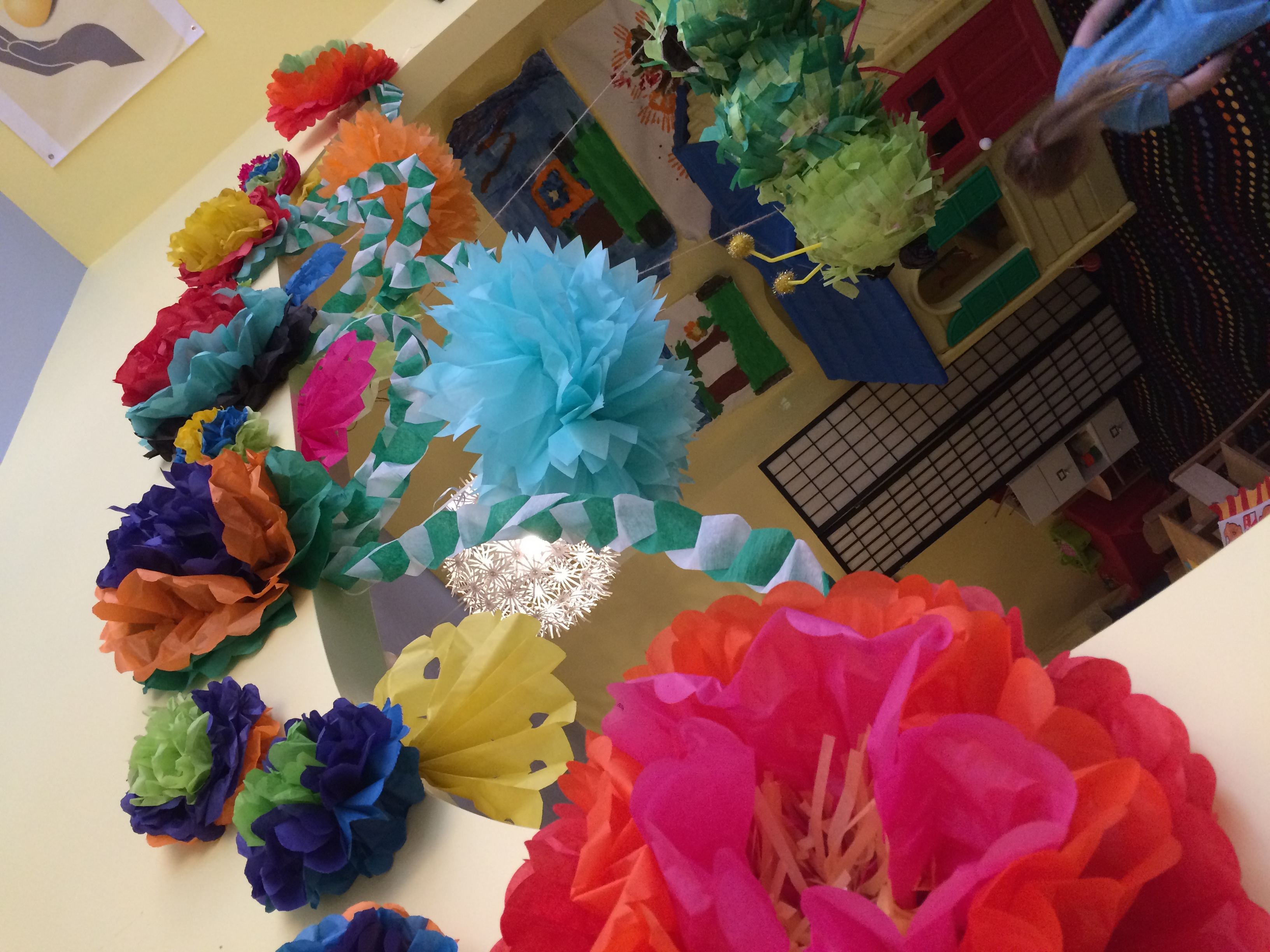 1 CHICKPEA Cinco de Mayo tissue paper flowers