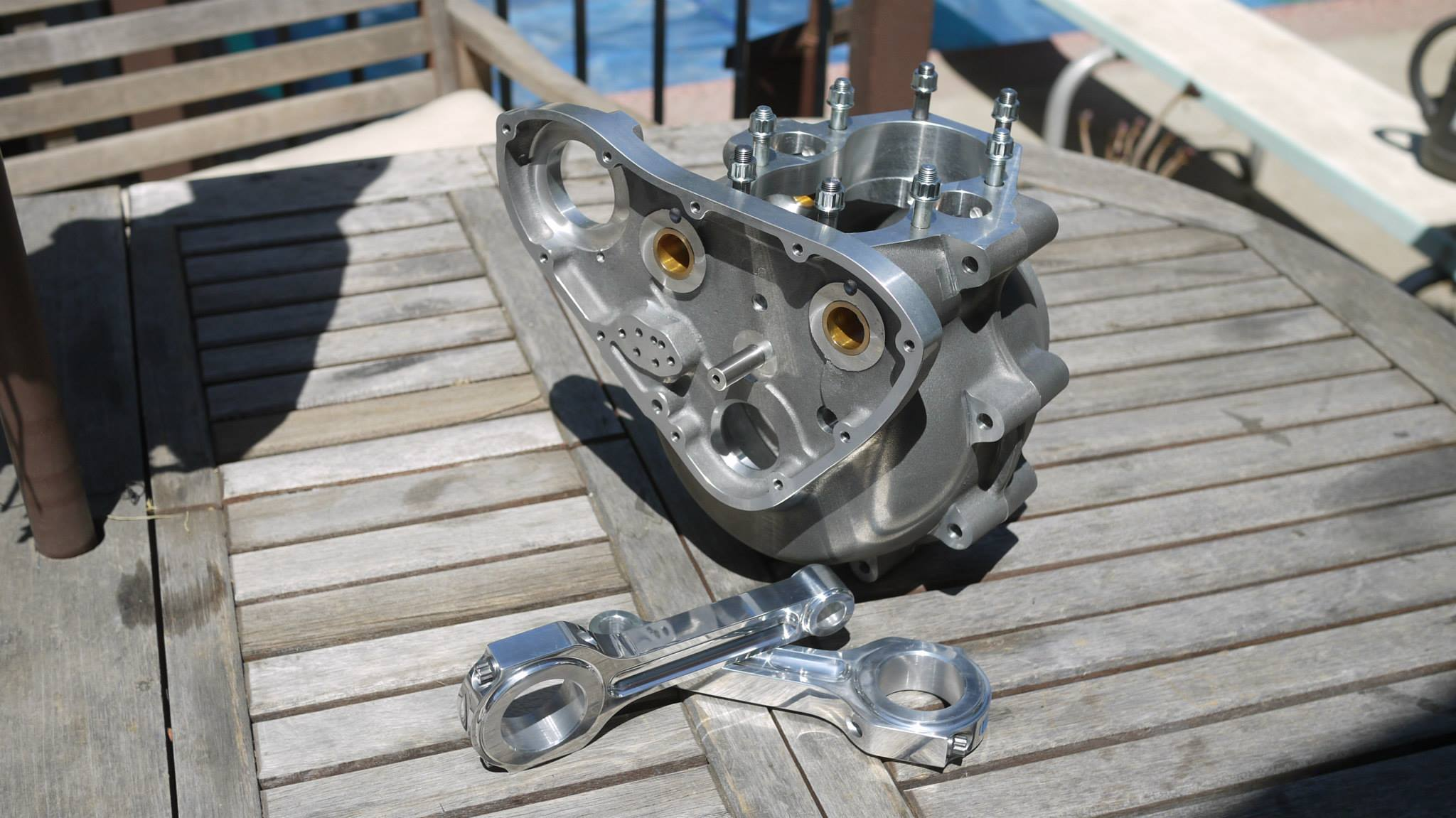 Thunder Engineering Crankcases and connecting rods