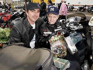 Motorcyclists rev up for toy run