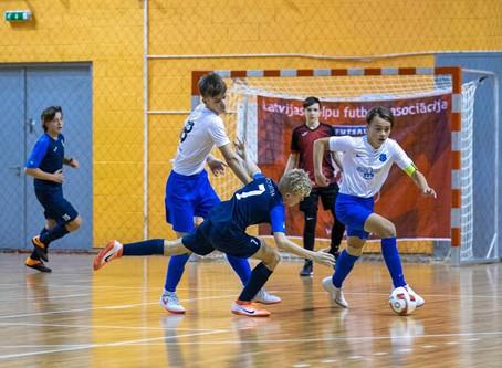 FS Nikars 2005. dz. g. komanda Latvijas jaunatnes čempionātu U-16 telpu futbolā sāk ar 3 uzvarām!