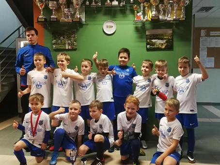 FS Nikars U-9 un U-15 komandas aizvada starptautiskos turnīrus Mārupē un Tallinā