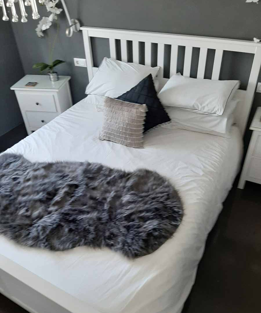 bedroom6_lg.jpg