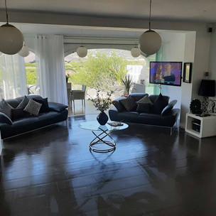 livingroom1_lg.jpg