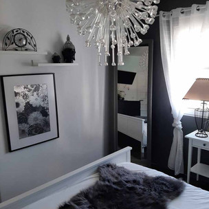 bedroom7_lg.jpg