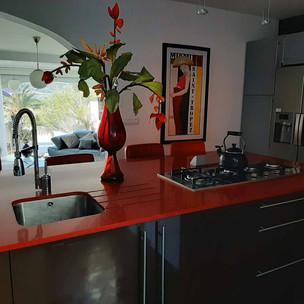 kitchen2_lg.jpg